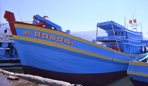 Tìm thấy thi thể ngư dân chìm cùng tàu vỏ gỗ lớn nhất miền Trung 1