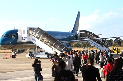 Sân bay Buôn Ma Thuột tạm đóng cửa để sửa đường băng 1