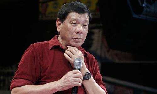 "ong duterte, tong thong moi dac cu cua philippines tu choi xin loi vi goi nha bao la ""ken ken"". anh:philstar"