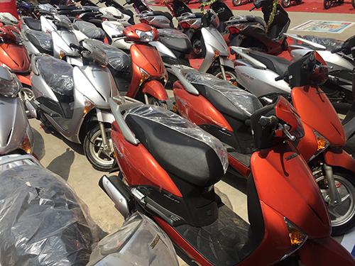 IMG 5858 JPG 5487 1465142717 Honda SCR 2016   Mẫu xe ga anh em song sinh của Lead