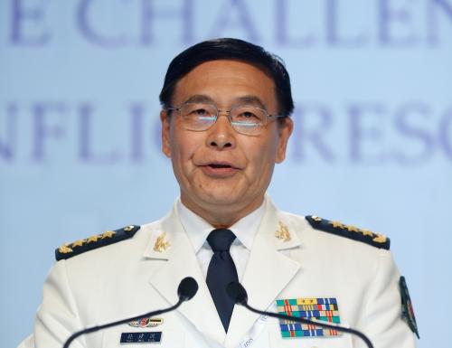 Đô đốc Tôn Kiến Quốc hôm nay phát biểu tại Đối thoại Shangri-La. Ảnh: Reuters
