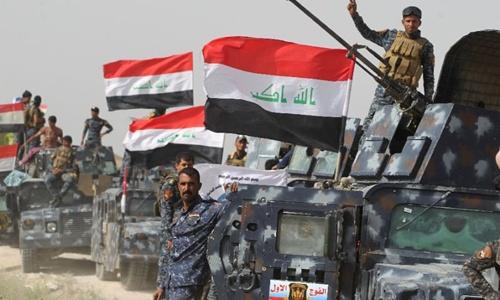 Chưa diệt xong IS, quân Iraq lục đục 1