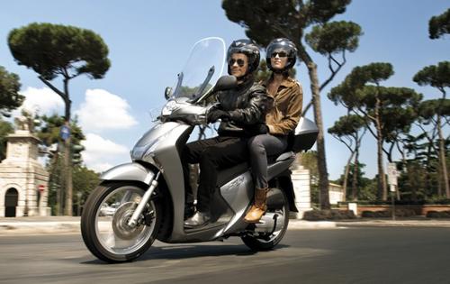 Honda SH là xe ga được ưa chuộng nhất tại Italy 1