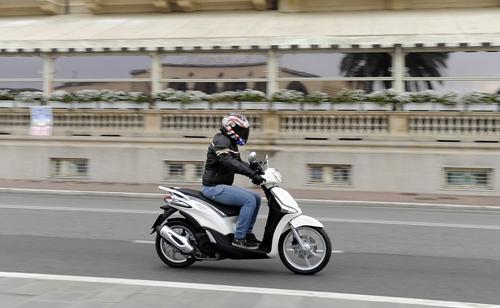 Honda SH là xe ga được ưa chuộng nhất tại Italy 8