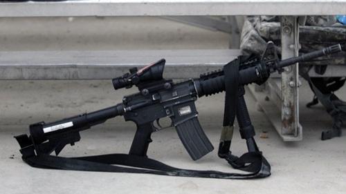 AR-15 - vũ khí gieo rắc kinh hoàng trong các vụ xả súng ở Mỹ 1