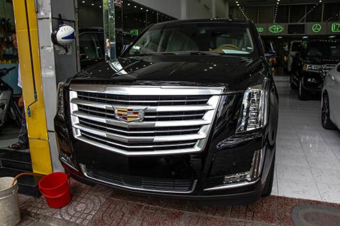 IMG 3411 JPG 5322 1465895939 LX570 và Cadillac Escalade   bộ đôi SUV cỡ lớn, của hai hãng xe Nhật Bản và Mỹ