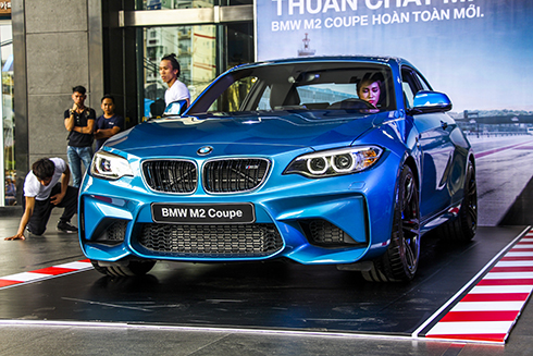 bmw-m2-chinh-hang-gia-3-ty-dong