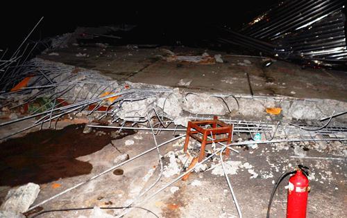 Bồn nước bêtông cao 10 m bị vỡ, hàng chục người tháo chạy 1