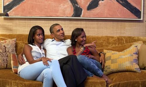 Tình yêu thương của Obama dành cho hai con gái 1