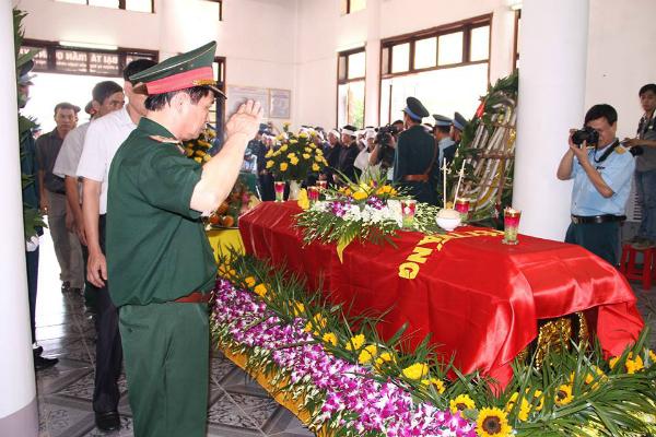 Lễ truy điệu đại tá Trần Quang Khải tại Nghệ An 3