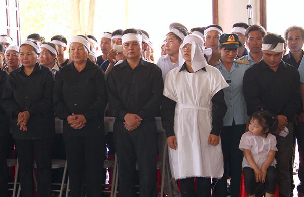 Lễ truy điệu đại tá Trần Quang Khải tại Nghệ An 4