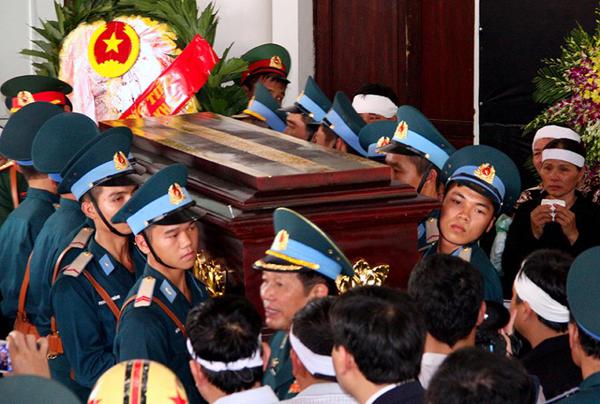 Lễ truy điệu đại tá Trần Quang Khải tại Nghệ An 5