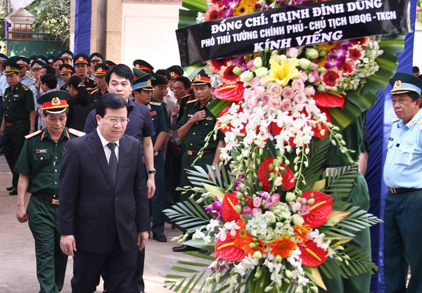 Lễ truy điệu đại tá Trần Quang Khải tại Nghệ An 2