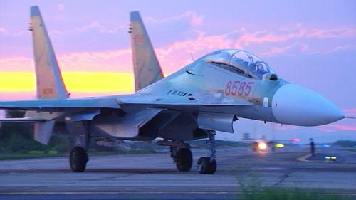 Mất hàng chục năm mới đào tạo được phi công như đại tá Trần Quang Khải 3