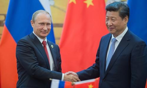Putin và chuyến thăm Trung Quốc trước thềm phán quyết 'đường lưỡi bò'