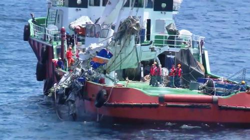 Đã tìm thấy 4 thi thể khi trục vớt máy bay CASA - ảnh 1