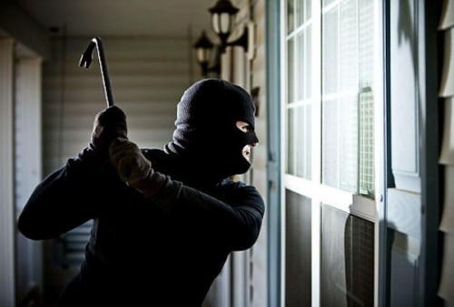Chủ nhà bị trộm chém xối xả vì hô hoán