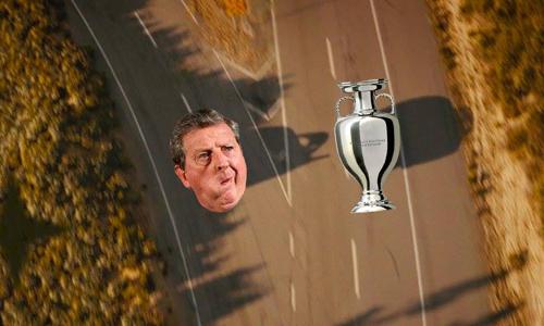 HLV Roy Hodgson đã đi sai đường.