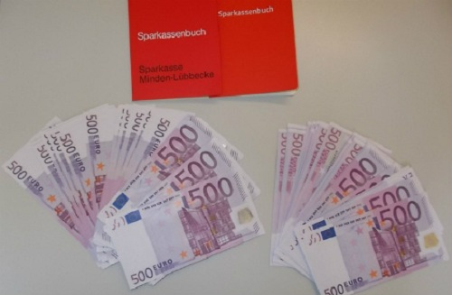 Một người tị nạn Syria ở Đức tìm thấy hơn 150.000 Euro