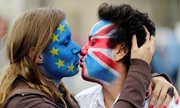 Báo Romania kêu gọi nhận nuôi người Anh hậu Brexit