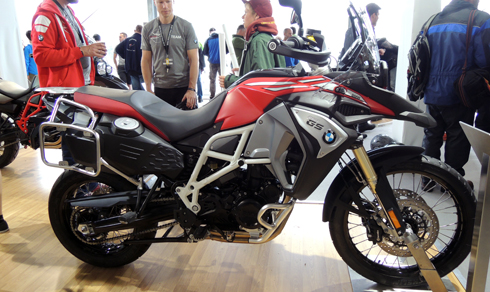 bmw-trinh-lang-f800-gs-adventure-2017