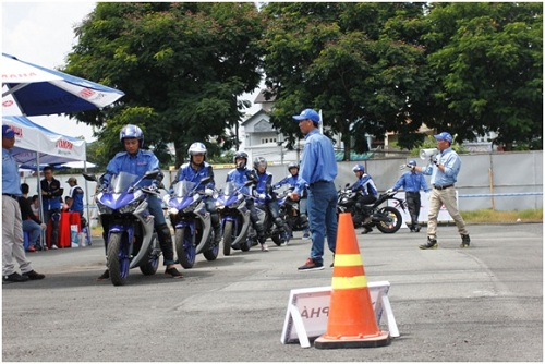 y-motor-sport-duoc-yamaha-viet-nam-to-chuc-lan-dau-tai-tp-hcm-xin-bai-edit-2