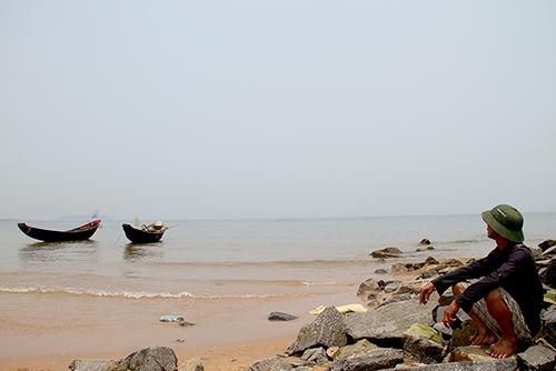 Ngư dân 4 tỉnh có cá chết được hỗ trợ xuất khẩu lao động, học nghề