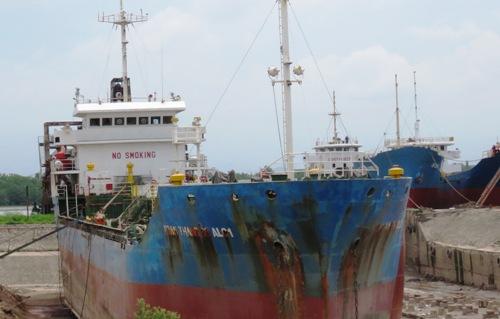 6 công nhân sửa chữa tàu bỏng nặng do khí mê tan phát nổ