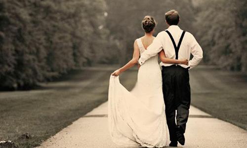 Tại sao cô dâu đòi hủy hôn khi nhìn lại bức ảnh cưới này? - cô dâu hủy hôn, nhìn lại bức ảnh cưới
