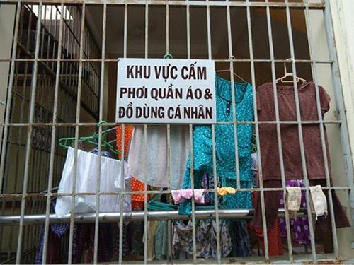 Càng cấm càng làm - biển cấm, biển cấm vô nghĩa, chỉ có ở Việt Nam, cấm gì làm nấy, biển cấm có cũng như không,