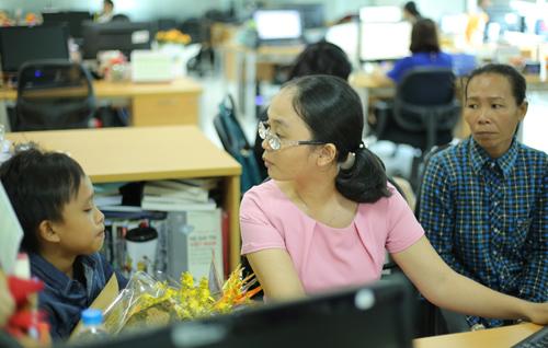 Hồ Văn Cường: Con trích tiền thưởng để đưa mẹ đi khám bệnh - ảnh 2