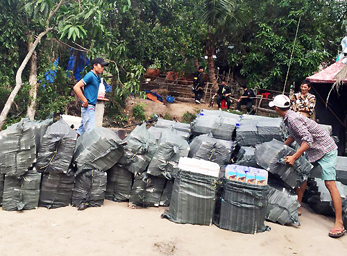 Gần 50 trinh sát Bộ Công an đột kích sào huyệt băng buôn lậu
