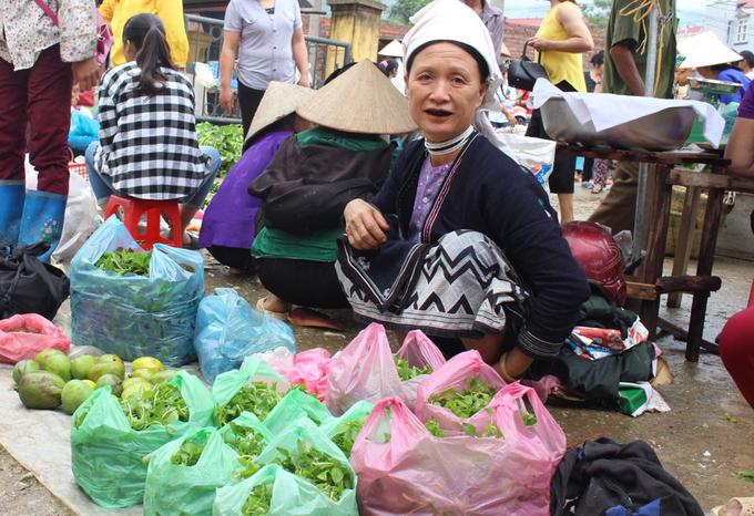Phiên chợ vùng cao ở Cao Bằng