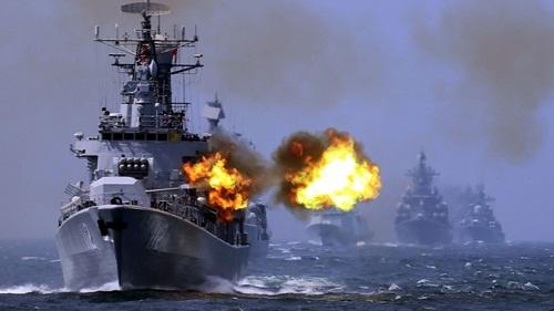 Một cuộc tập trận bắn đạn thật của Trung Quốc ở Biển Đông. Ảnh: