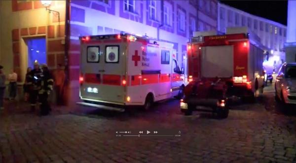 Xe cứu thương tại hiện trường vụ nổ. Ảnh: Reuters.
