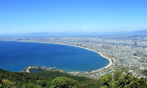 Công ty du lịch ghi 'China Beach' để chỉ bãi biển Đà Nẵng