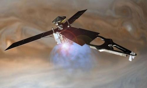 Hình minh họa tàu thăm dò Juno của NASA bay quanh quỹ đạo sao Mộc. Ảnh: NASA.