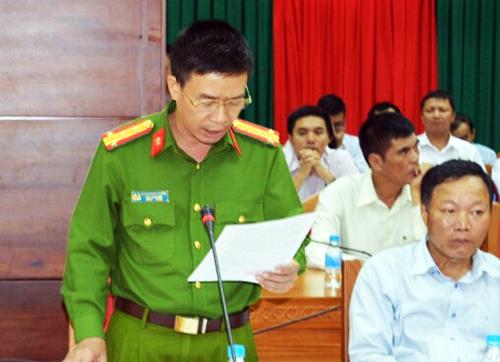 Đại tá Phạm Minh Thắng - Phó giám đốc Công an tỉnh Đắk Lắk thông tin vụ việc. Ảnh: Kh. Uyên
