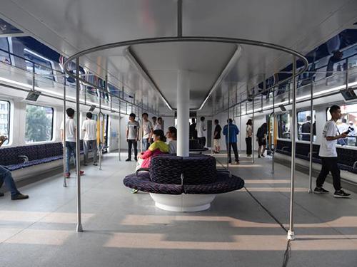 Pic2: Nội thất bên trong toa xe thử nghiệm. Ảnh: New China.