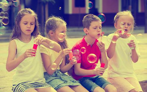 Giúp trẻ thông minh hơn trong dịp hè