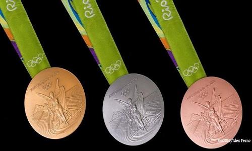 huy-chuong-vang-olympic-lam-tu-vat-lieu-gi