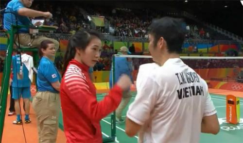 hlv-khong-duoc-di-olympic-du-tu-bo-tien-nong-tren-vitalk