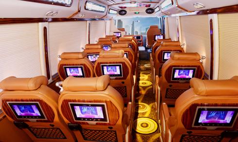 Fuso DCar 2 JPG 5149 1471540398 Khoang nội thất của xe khách Rosa 19 chỗ đã được nâng cấp