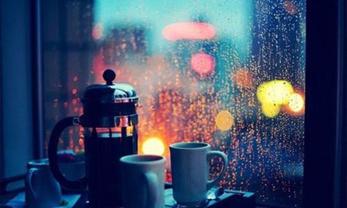Ngày mưa tôi lại thấy chông chênh