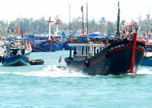 Trung Quốc cử trực thăng cứu một ngư dân Việt