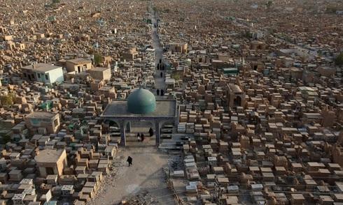 Nghĩa địa rộng nhất thế giới ở Iraq