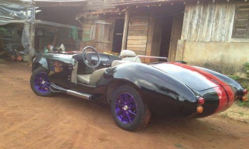 Chàng trai 'biến' ôtô cũ 70 triệu thành siêu xe Shelby Cobra