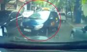 Taxi bon chen cướp đường bị tài xế ôtô ép lùi