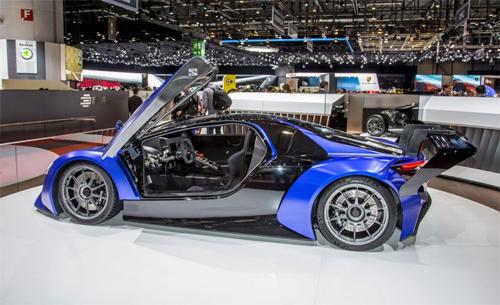 cha-de-bugatti-eb112-giup-thiet-ke-sieu-xe-trung-quoc-1