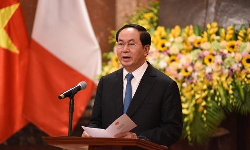 Chủ tịch nước Trần Đại Quang phát biểu tại cuộc họp báo chung với Tổng thống Pháp Francois Hollande. Ảnh: Giang Huy